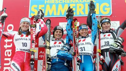 (E) Janica on the podium AGAIN